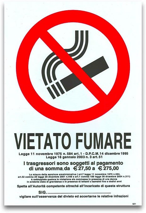 "An Italian ""no smoking"" sign, with 109 words in legalese"