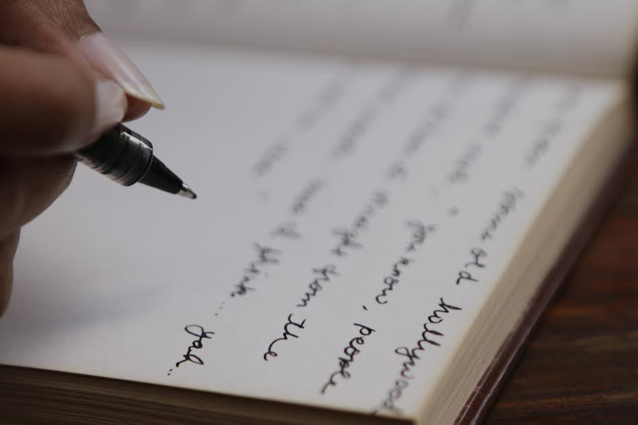 5 Reasons to Write Down All the Thoughts - Aubrey Gail Ferreira ...