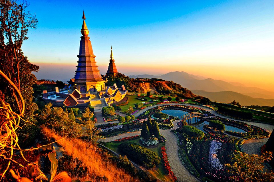 Visit Chiang Mai Thailand, Outside the old city walls