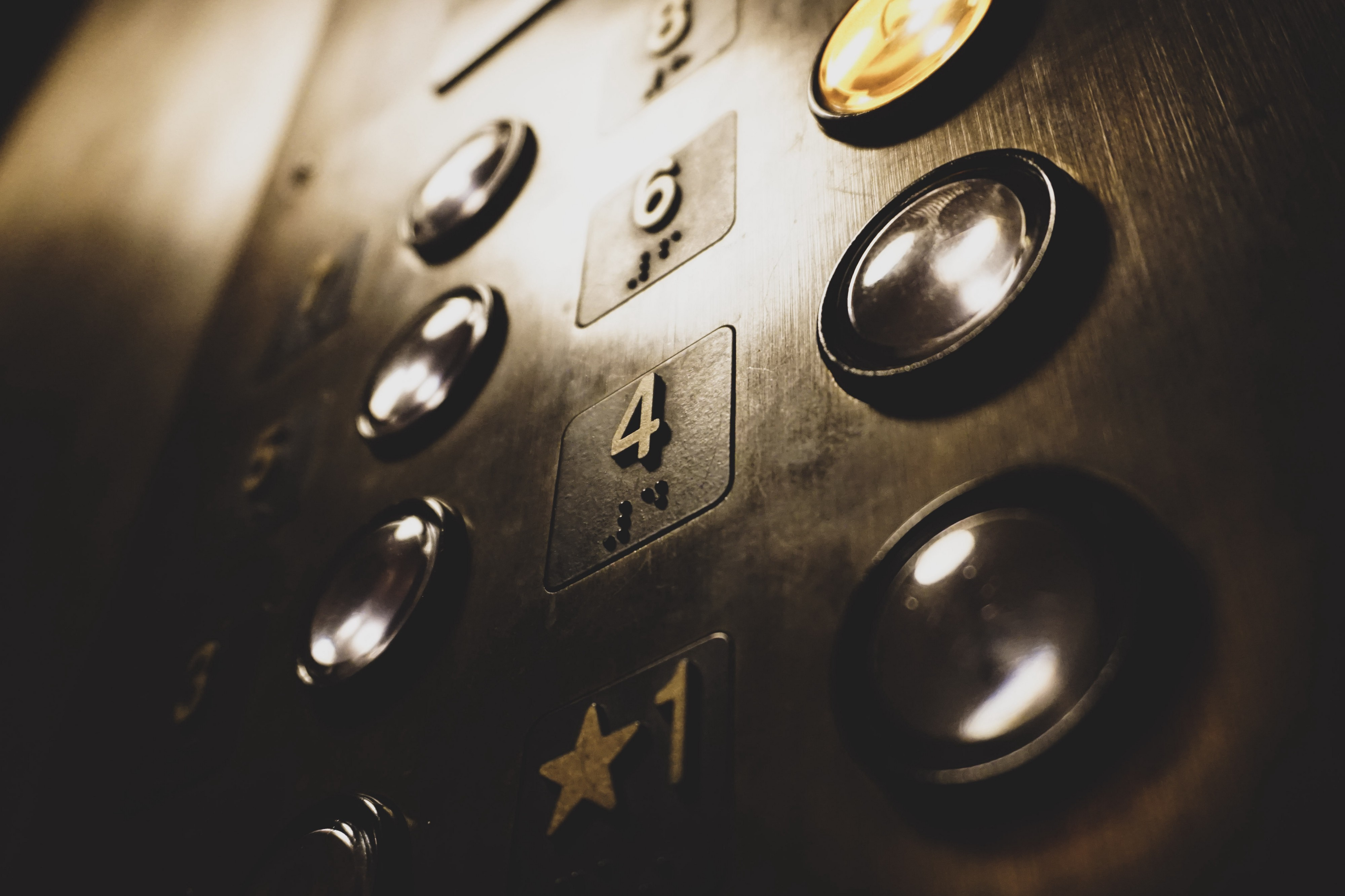 Elevator control panel with numbered buttons