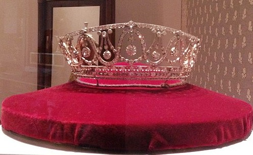 Hilda of Baden's tiara on a red velvet cushion in a glass case in the Badisches Landesmuseum in Karlshruhe, Germany.
