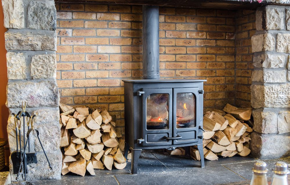 THE COMPLETE GUIDE TO WOOD-BURNING STOVES - Elemental Green - Medium