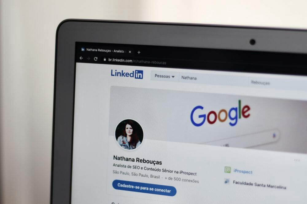 Human Story Essential For a Personal Branding On Linkedin