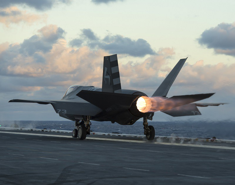f35-carrier-exhaust
