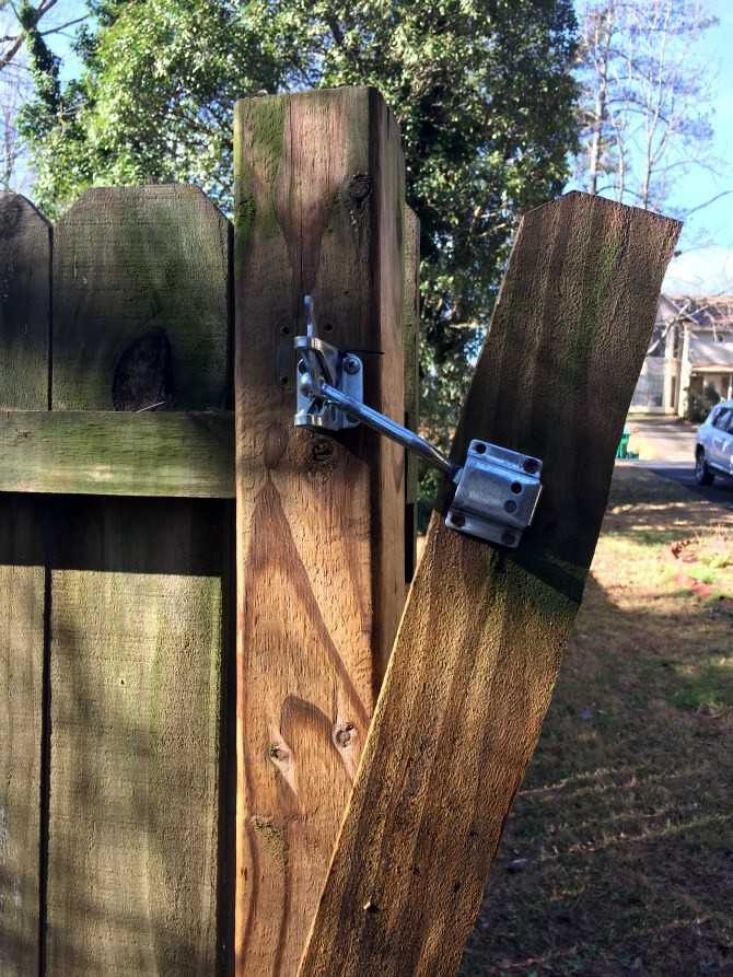 Can i lock my backyard gate what is wifi outlet?