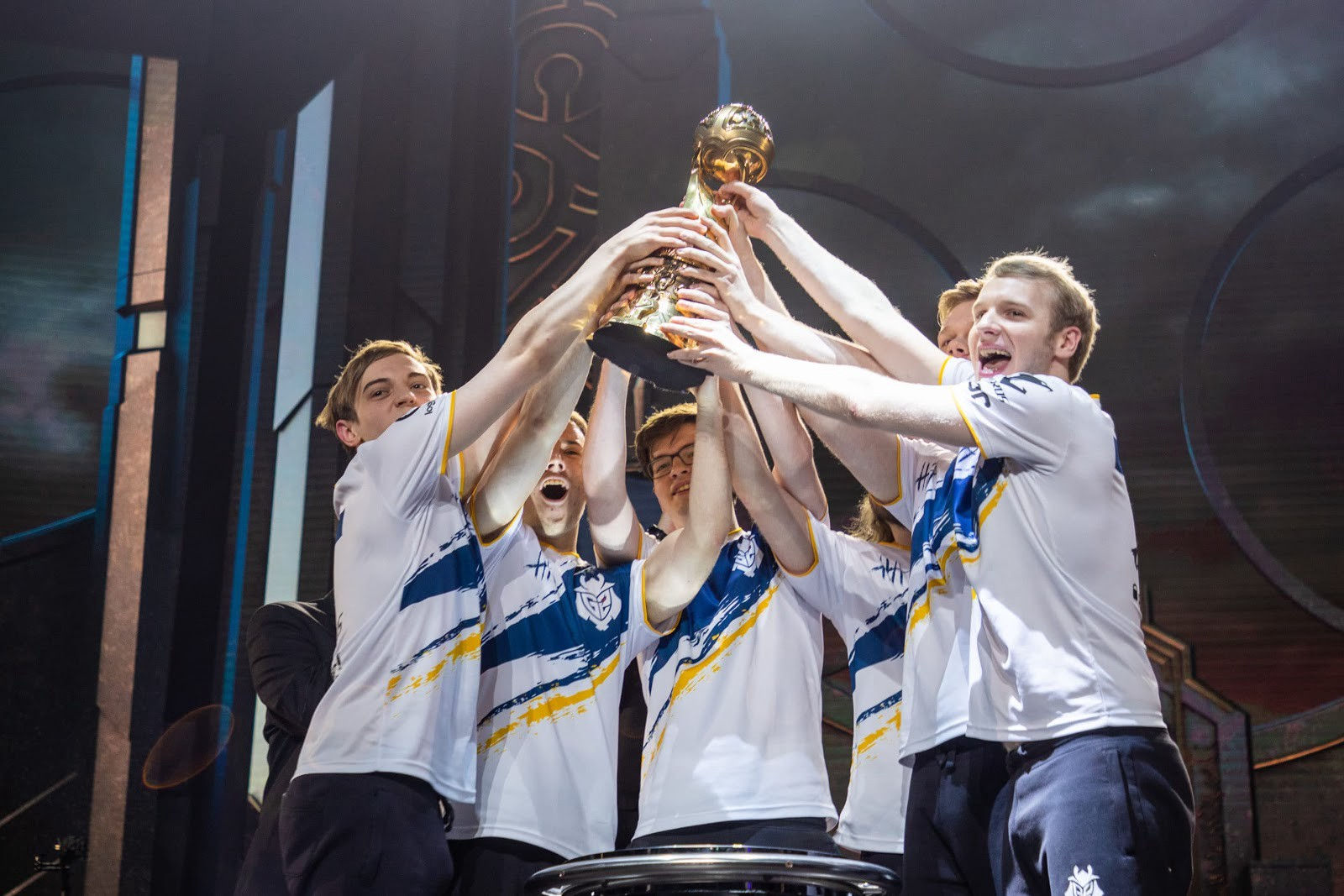 Perkz joins Cloud9 in the LCS.