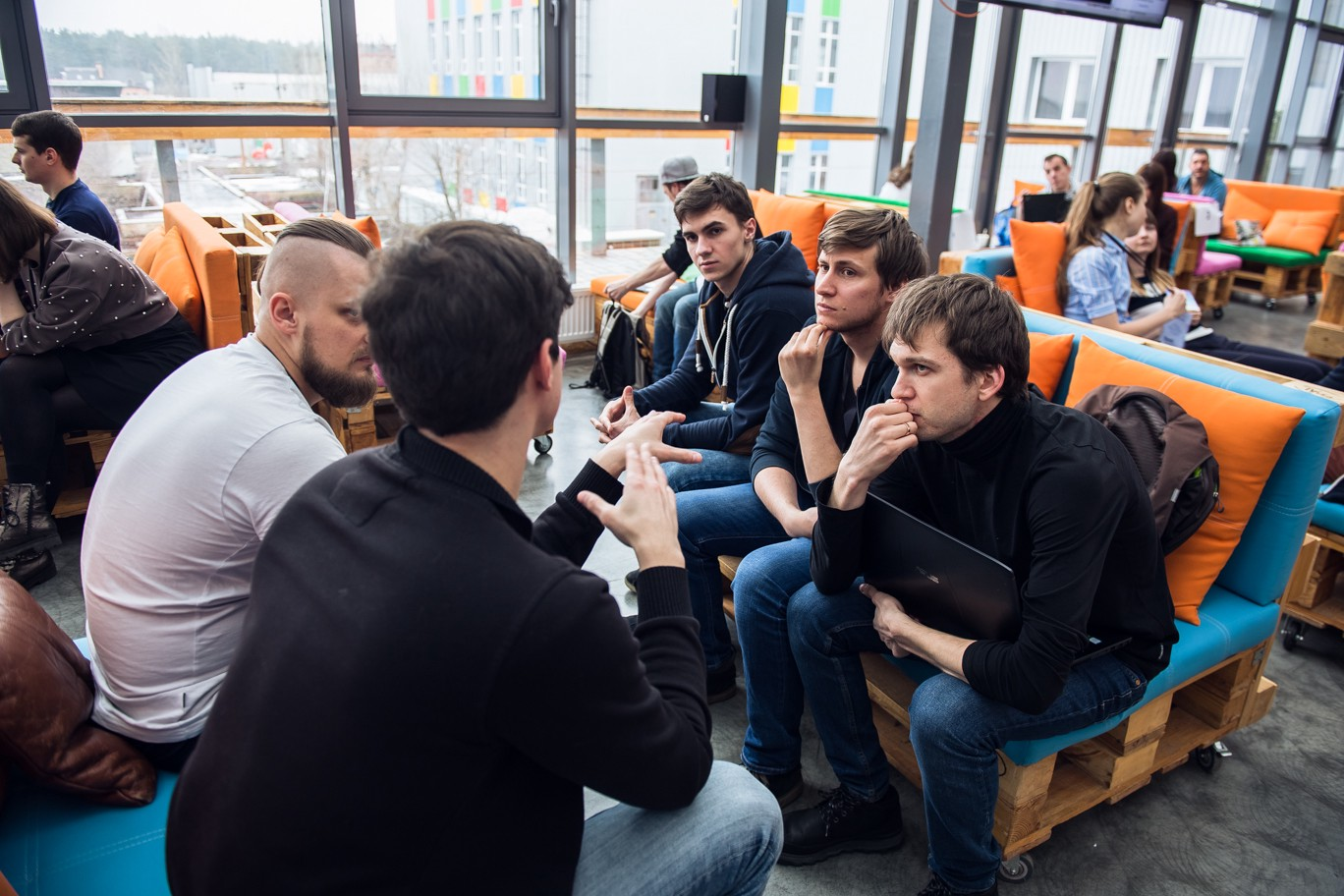 AI Spring Hackathon 2018 - AI Booster - Medium